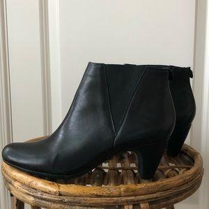 Sam Edelman Black Slip On Booties
